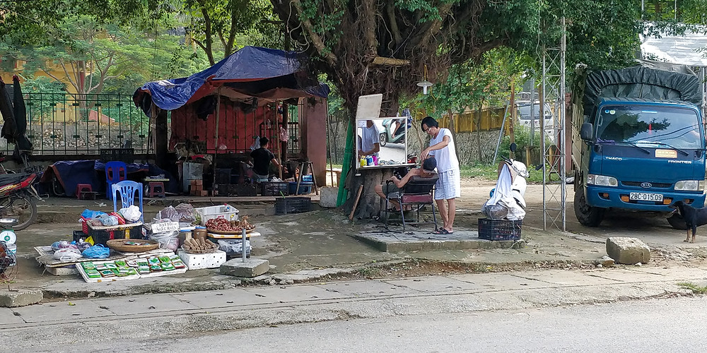 Hairdresser on Mai Chau main street