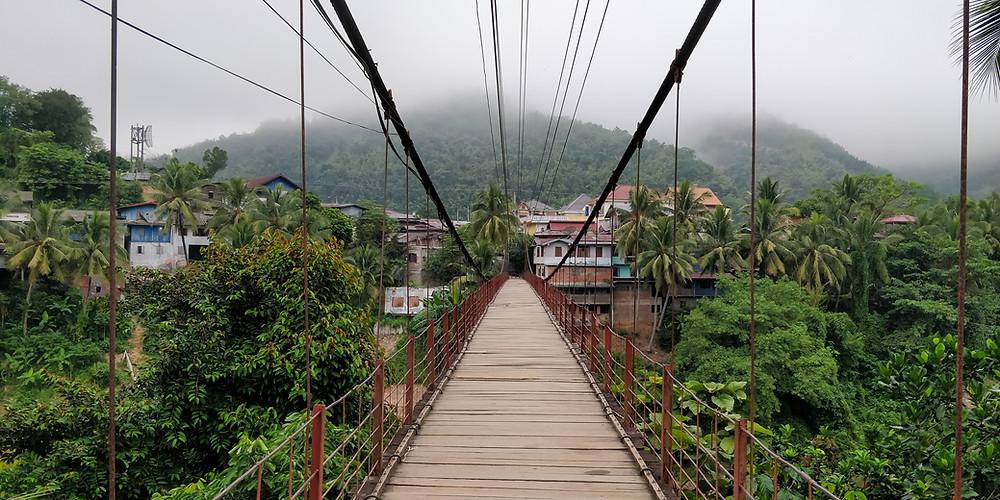 Muang Khua footbridge