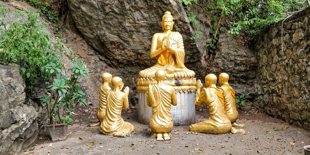 Buddha statues of Phousi Hill