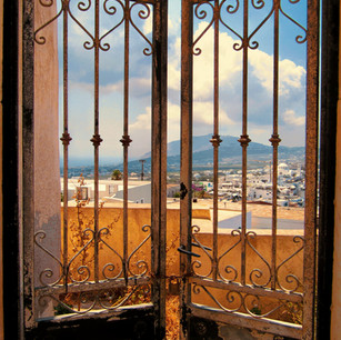 Escape to Santorini