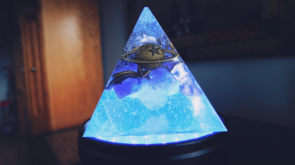 """""""Out of this world"""" 4-sided pyramid"""