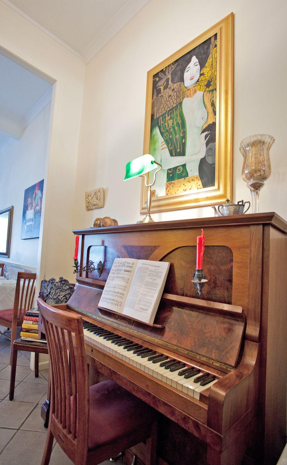 Viale Canova | Piano