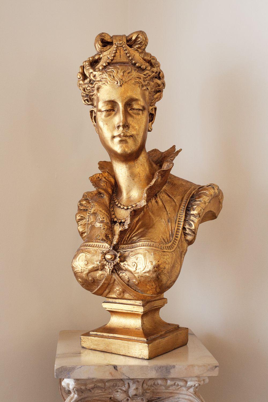 Viale Canova | Statue