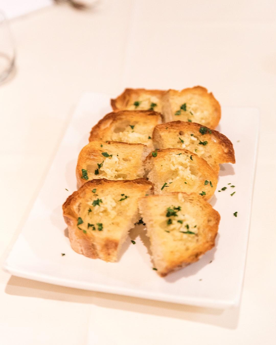 Viale Canova | Garlic Bread