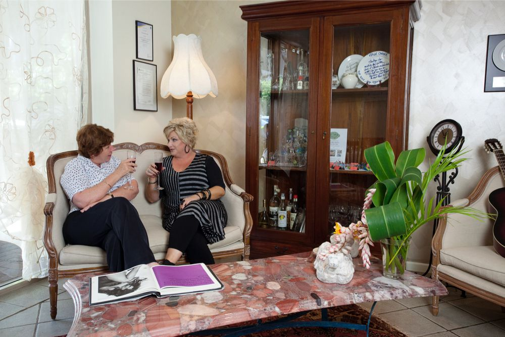 Viale Canova | Friends