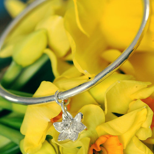 SILVER DAFFODIL BANGLE