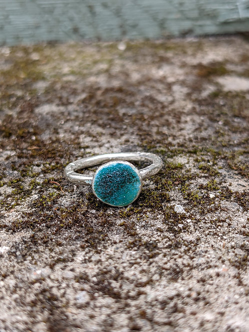 HAMMERED SILVER ENAMEL RING - TURQUOISE SAND BAR