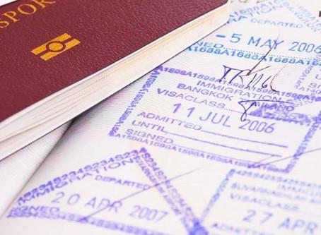 Les étrangers sont autorisés à entrer en Thaïlande au cas par cas.