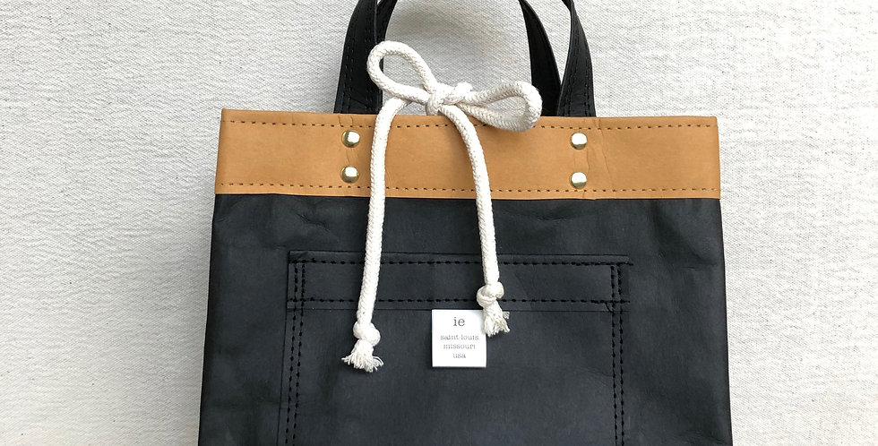 black lunch tote with handles