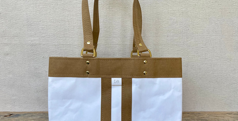 white with natural trim d-ring shopper