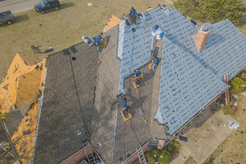 Roof repair - Shingles replacement - roo