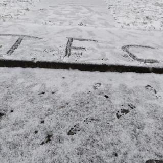 Séance sous la neige pour l'école de foot.
