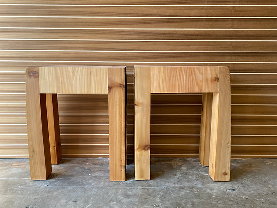 2 Stools / side tables