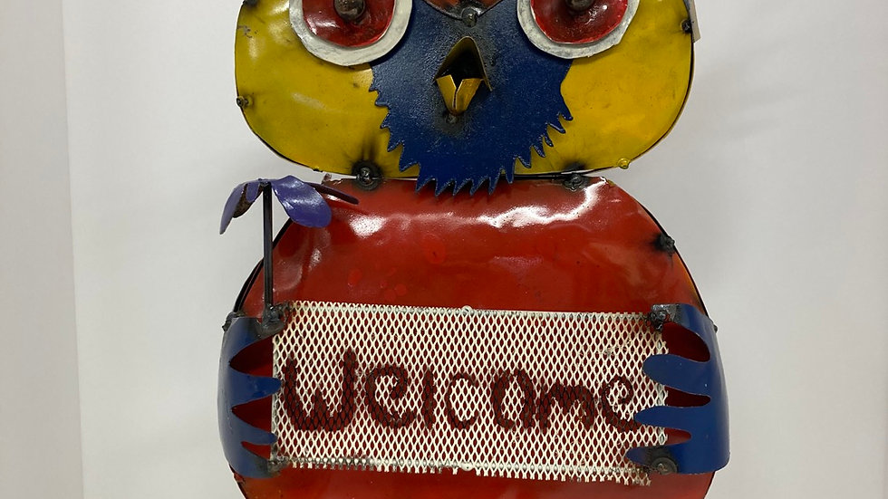 Decorative Metal Owl / Yard Art