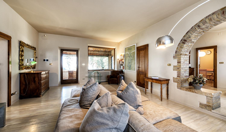 Villa's Renovation_LIVING