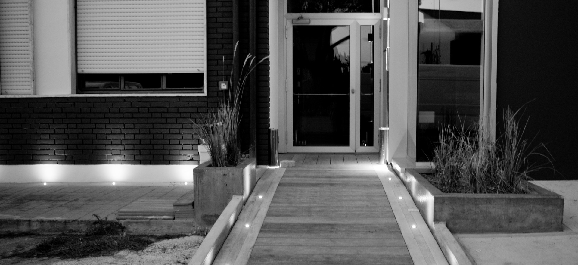 Outdoor Restyle_NEW ENTRANCE