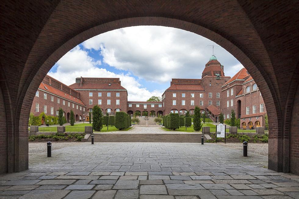 KTH Borggården.jpg