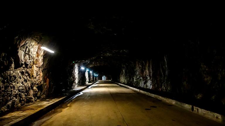 Kvarnholmen: Tunnlar och bergrum i Finnberget (OBS. INSTÄLLT)