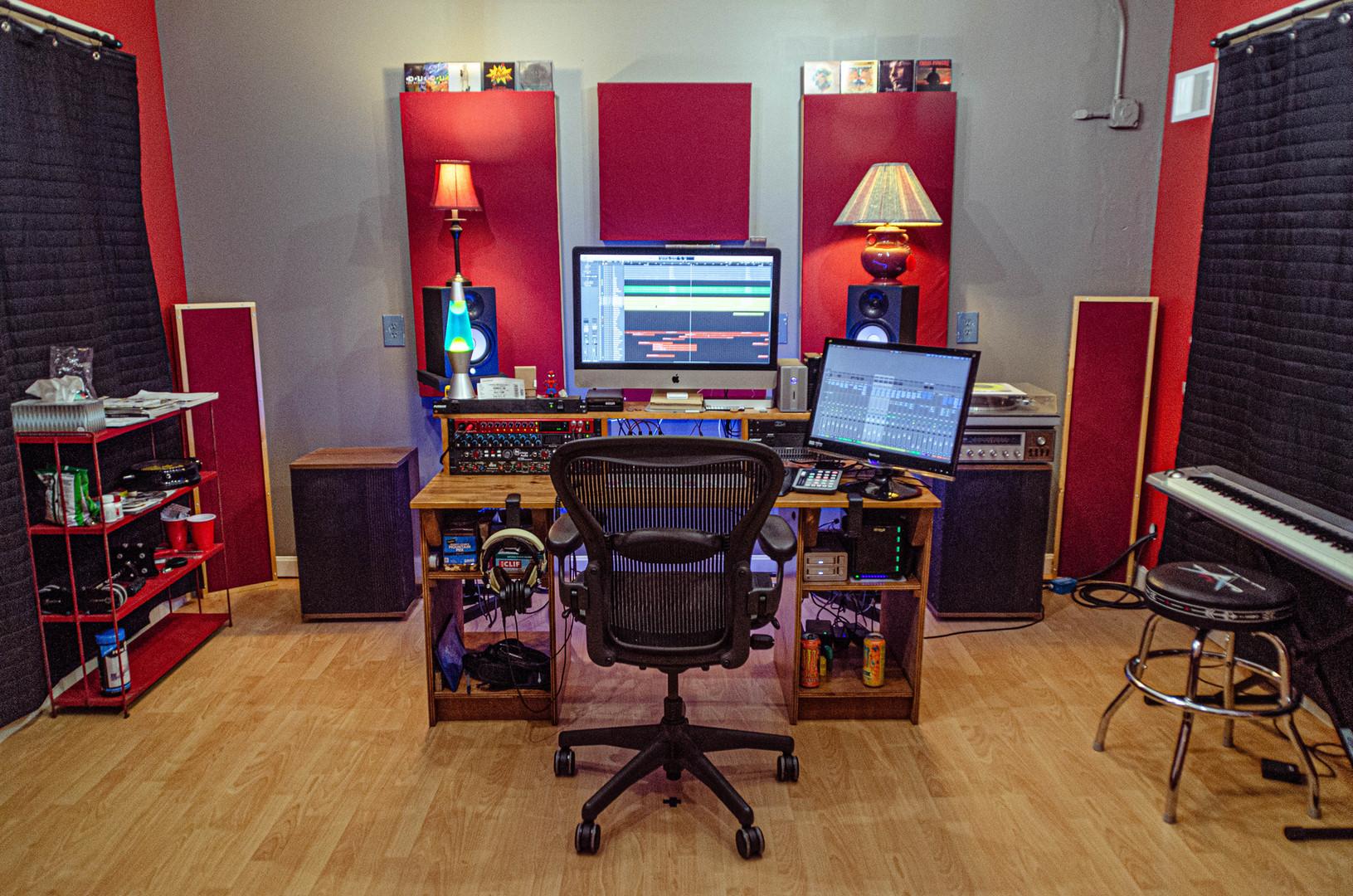Control Room - Desk