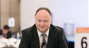 Jacob Rosenberg opererer for brok og galdesten på Copenhagen Hernia Clinic