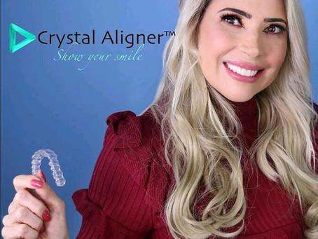 יישור שיניים שקוף - למה שווה טיפול עם קשתיות שקופות ?