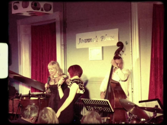 Tina May performing with Joanna Eden, Arnie Somogyi, George Double & Chris Ingham