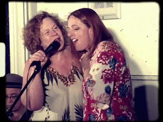 Sarah Jane Morris performing with Joanna Eden & Tony Remy