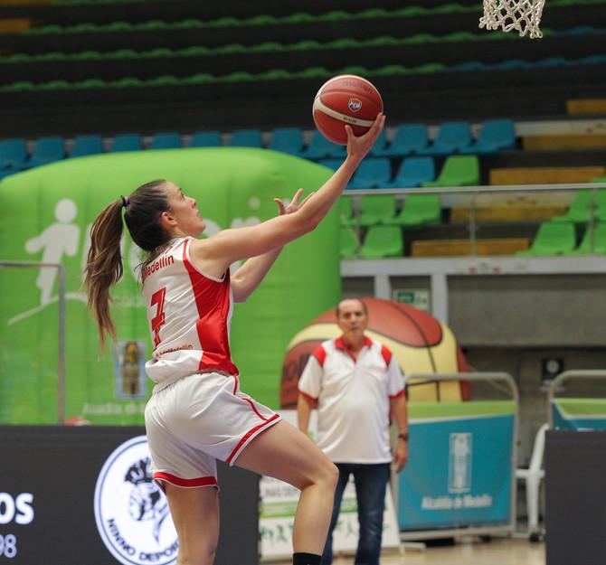 Universidad de Medellín sigue imparable en la Liga Superior de Baloncesto Femenino 2020