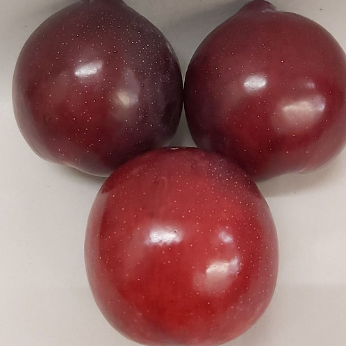 Plums (pack of 4)