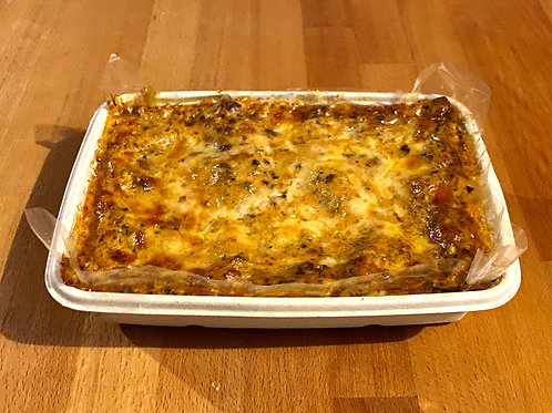 """Large BeefLasagne (1200g℮) Serves 4 """"Pre-Orders Only"""""""