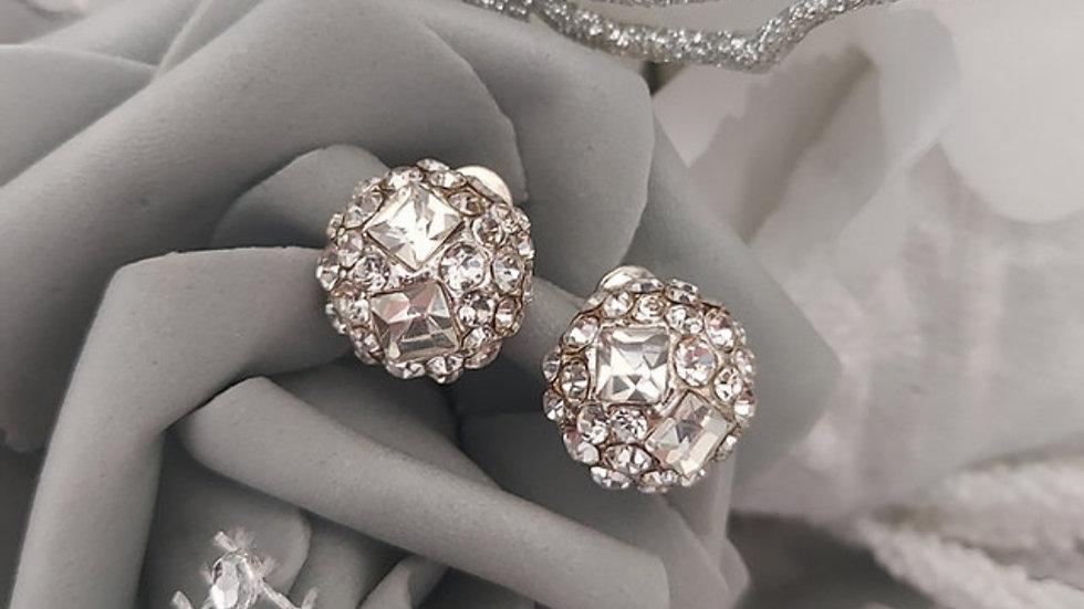 ◇Round crystal earrings◇