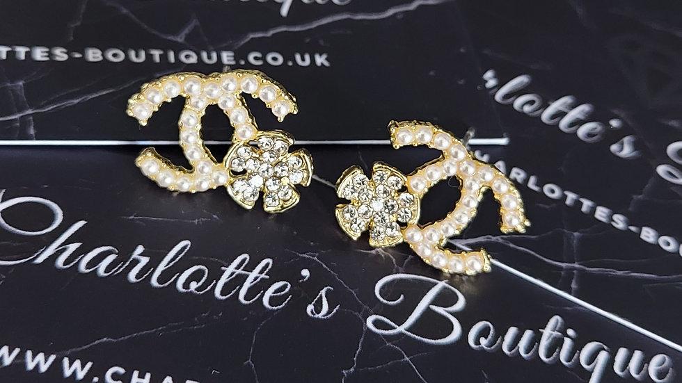 ◇Double C Pearl Flower Earrings◇