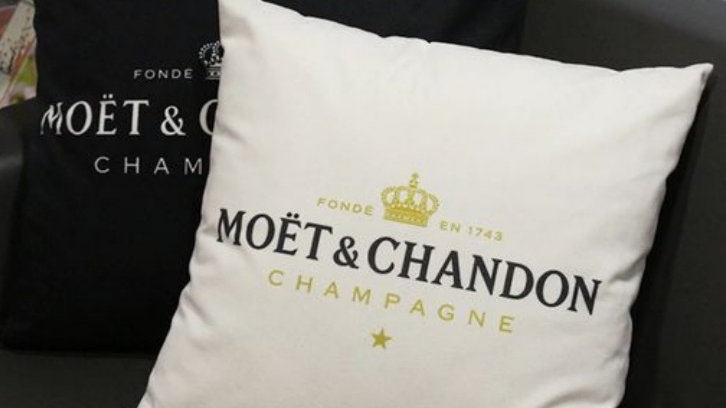 ◇Moet Cushion Cover◇