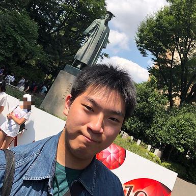 大隈 一斗(おおくま かずと)Tenor Sax.
