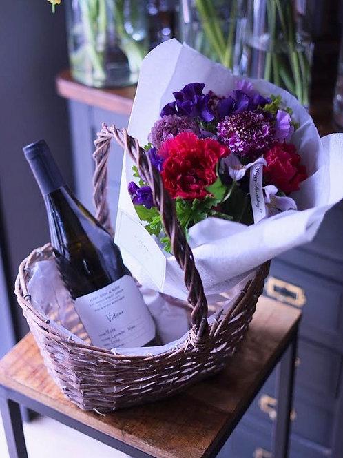 日常ワインとブーケのギフト
