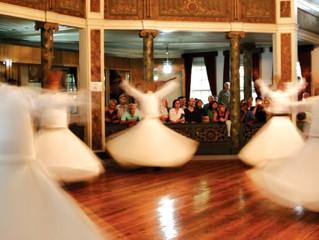 Dansul dervisilor rotitori - Dansuri sacre