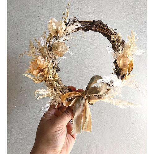 """Handmade Dried Floral 6"""" Wreath"""