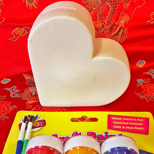 'Paint Your Own' Kit 34 -Heart Moneybox