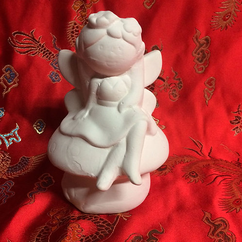 'Paint Your Own' Kit 149 - Fairy toadstool money bank