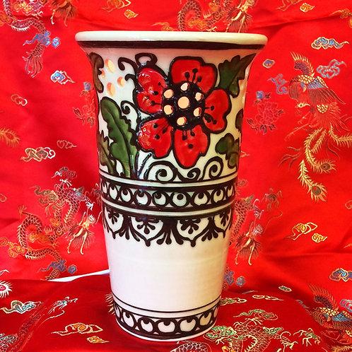 Poppy vase shaped light