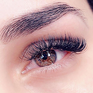 Beautiful set of #russianlashes by Paula