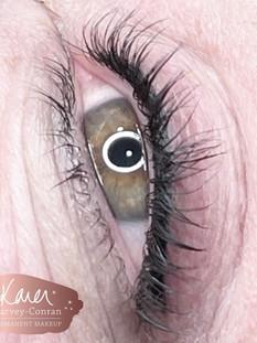 eyeliner .jpg