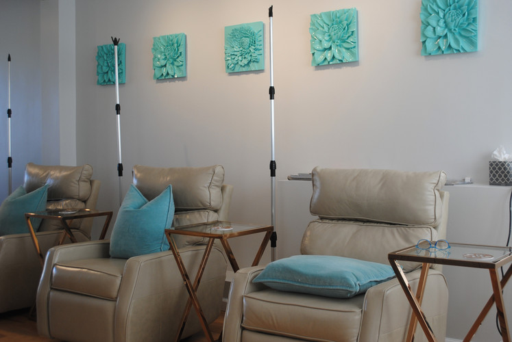 IV Hydration Therapy Lounge