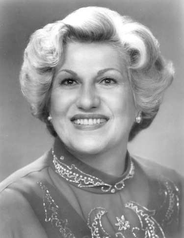 Lili Chookasian (Mezzo Soprano)
