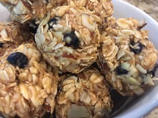 No-Bake Blueberry Almond Energy Snack