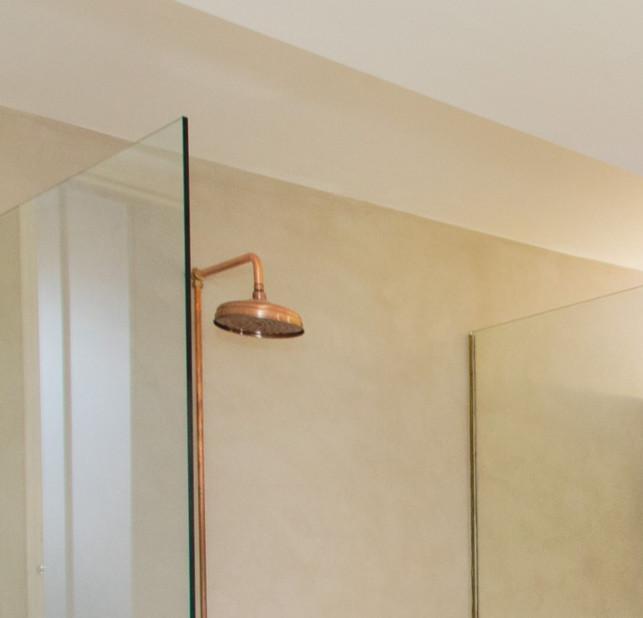 bathroom-bedroom_edited.jpg