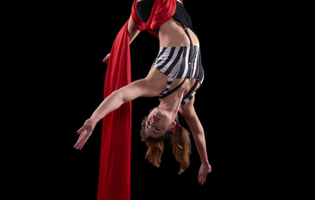 Silk Rope Performer