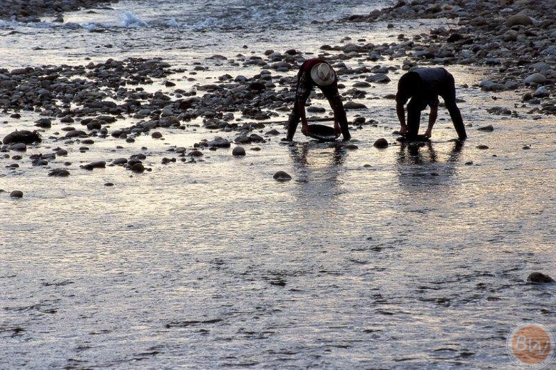 Ricerca dell'Oro/Gold panning
