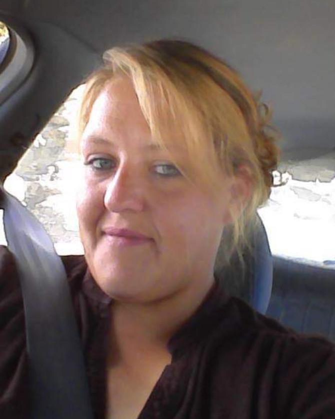 Susan Hall  32