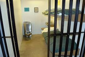 1 in 10 Americans Prefer a Week in Jail Over Moving